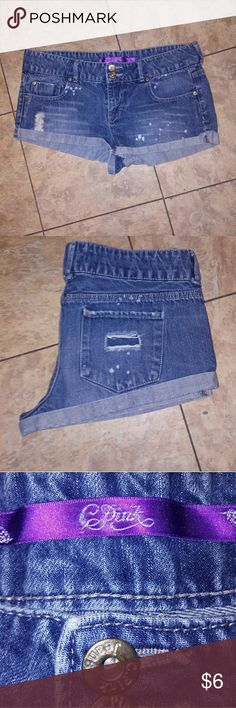 Celebrity Pink Distressed Jean Shorts Celebrity Pink Distressed Jean Shorts Size 11 Celebrity Pink Shorts