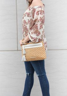 Houston fashion blogger wears a neutral crossbody bag and shares spring trends.