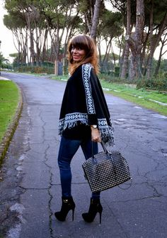 I can walk on high heels - Don't Call Me Fashion Blogger!