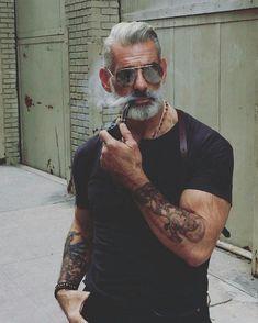 """0 mentions J'aime, 1 commentaires - Style & Mode Homme (@_what_ilike) sur Instagram : """"Trouvez votre style sur what-ilike.com #tatouage #barbe"""""""