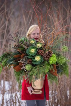 Curly willow, cones, cabbage and greens in a natural winter arrangement. Christmas Urns, Christmas Planters, Christmas Flowers, Outdoor Christmas, Christmas Holidays, Christmas Wreaths, Christmas Crafts, Christmas Decorations, Winter Flowers