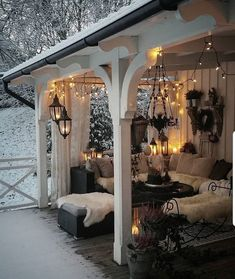 Home Decor Living Room What a cozy place amidst the snow . Decor Living Room What a cozy place amidst the snow . Salons Cosy, Outdoor Rooms, Outdoor Decor, Outdoor Bedroom, Outdoor Living Spaces, Outdoor Curtains, Outdoor Areas, Outside Living, Cozy Place