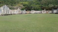 Ruínas do presídio na Ilha Anchieta - Ubatuba