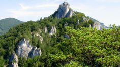 ŠARKANIA DIERA sulovské skaly