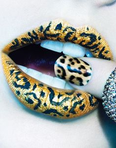 fun leopard lips & nails https://www.facebook.com/pages/Things-That-Make-Me-Go-OOOH/160135957330081