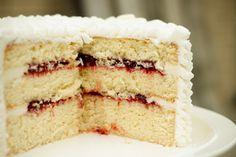 Lemon Cake w' Raspberry Filling (using Ina Garten's Lemon Cake recipe: www. - Lemon Cake w' Raspberry Filling (using Ina Garten's Lemon Cake recipe: www. Cake Fillings, Cake Flavors, Ina Garten Lemon Cake, Köstliche Desserts, Delicious Desserts, Coconut Dessert, Coconut Cake With Raspberry Filling Recipe, Raspberry Cake Filling, Eat Dessert First