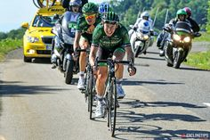 Simon Clarke had escaped from his remaining breakaway companions on the final category 4 climb. At the bottom of the climb Perrig Quémeneur and Cyril Gautier (Europcar) caught Clarke and worked together until 5km away from the finish when they were swamped by the peloton.