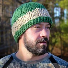 Ravelry: Arrowhead Beanie pattern by Crochet by Jennifer (A lovely pattern you have to pay for) Mens Crochet Beanie, Crochet Beanie Pattern, Crochet Patterns, Hat Patterns, Crochet Hat For Men, Crochet Winter, Love Crochet, Knit Crochet, Crochet Hats