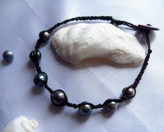 bracelet de type shamballa en perle de culture et fils de coton : Bijoux pour hommes par patynett