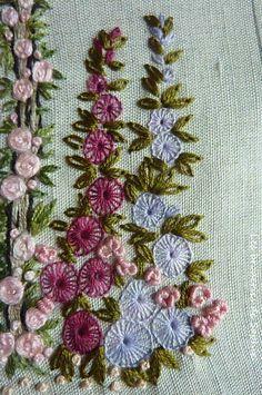 Un jardin anglais pour offrir à Noël. Un peu de couture ensuite pour en faire un objet utile pour une couturière ou une brodeuse... je ne...