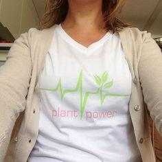 Ik draag met trots mijn eigen vegan shirts