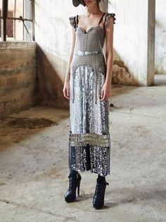 Bling Sequinned Maxi Dress. Nuova ModaModa Da PasserellaAppariscenteVestiti  Per Le DonnePaillettesFesta Del VestitoAttrezzaturaPistaVestidos 7ef38ae2226
