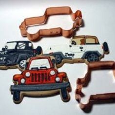 Exclusive set of two Jeep Cookie Cutters by All Things Jeep Cherokee 4x4, Jeep Gifts, Piping Bag, Classic Car Insurance, Honda Civic Si, Honda S2000, Jeep 4x4, Cute Cookies, Cookie Designs