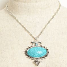 Large Vintage Gem Stone Necklace in Aqua