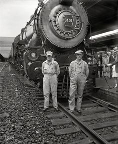 """July 14, 1929. """"New Boston train, 'The Senator,' at Washington's Union Station, departing at 12:30 p.m. The train is to arrive in Boston at 10 p.m., cutting 3½ hours off the time made by the other two Pennsylvania line trains there, the Federal and Colonial expresses."""" Harris & Ewing glass negative."""