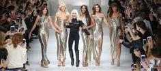 Donatella Versace alla Fashion week di Milano sfila con Carla Bruni, Claudia Schiffer, Naomi Campbel, Cindy Crawford e Helena Christensen