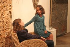 lovin' the chair! Corks, Business Design, Dresses With Sleeves, Chair, How To Make, Fashion, Moda, Sleeve Dresses, Fashion Styles