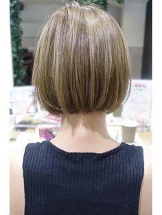 Ulzzang Short Hair, Asian Short Hair, Rich Brown Hair, Blunt Haircut, Cabello Hair, Corte Y Color, Short Bob Hairstyles, Brown Hair Colors, Hair Inspo