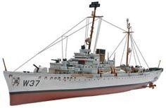 1/302 USCG - Roger B Taney Plastic Model Kit