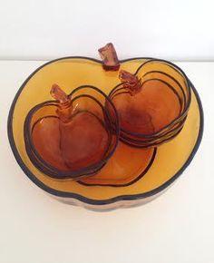 Image of Service Pomme Saladier Et Coupelles Vintage