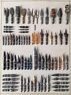 Calligraphy Tools, Calligraphy Alphabet, Dog Pen, Pen Nib, Fountain Pen Ink, Penmanship, Art Graphique, Letter Art, Pen And Paper