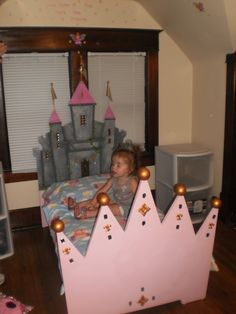 My parents made this for my daughter for her 2nd bday... Ultimate Princess bed