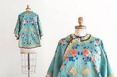Vintage Silk Chinese Hand Stitch Embroidered Floral Coat