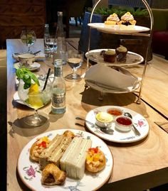 The Soho Hotel London offers a delicious flavour to your central London experience. London High Tea, Soho Hotel, Afternoon Tea, Food, Eten, Meals, Diet