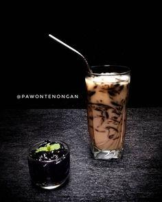 Ice Cube Recipe, Dessert Drinks, Desserts, Coffee Recipes, Healthy Drinks, Coffee Shop, Cake Recipes, Food And Drink, Menu