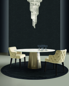 Casamilano Deluxe_DIAMOND design Castello Lagravinese  Base of the table covered in bronzed bevelled mirror.