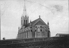 The new church (1895) in Trönö, Hälsingland, Sweden before the fire.