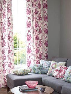 Jane Churchill's Hayden (drapes), Lisson (sofa), Woodale (pillow), Willowbrook (pillow), Songbird (pillow), Vintage Daisy (pillow), Silverley (pillow)#interiors #janechurchill #textiles