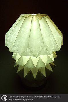 Jellyfish Style Origami Lampshade 水母摺紙燈罩 © 2012 Chan Pak Hei , Kade http://kadechan.wix.com/portfolio