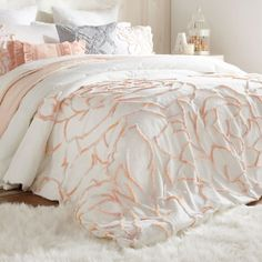 Bring an elegant blend of pattern and texture to your bedroom decor with the chic Spacedye Chenille Rose Comforter Set from Peri Home. The classic chenille construction offers a luxurious feel, while the rose pattern lends a feminine look. Rose Duvet Cover, Duvet Cover Sets, White Duvet Cover Queen, White And Gold Comforter, Duvet Sets, Rose Comforter, Queen Comforter Sets, Fluffy Bedding, Cute Bedding