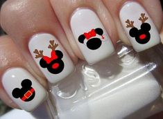 Add a Little Mickey Mouse Magic to Your Nails This Holiday Season Nail polish, gel manicures, nail wraps, nail decals - sometimes its just so fun to be a Disney fashionista! Spicing up your nails to match your holiday Disney Christmas Nails, Xmas Nails, Christmas Nail Designs, Holiday Nails, Disney Halloween Nails, Xmas Nail Art, Valentine Nails, Christmas Treats, Christmas Christmas