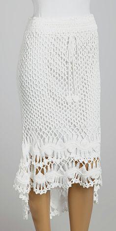 Crochet skirt ou Crochê Saia.                                                                                                                                                                                 Mais