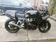 GSX-R1100 Suzuki Bikes, Suzuki Cafe Racer, Suzuki Motorcycle, Suzuki Gsx, Motorcycle Gear, Gsxr 1100, Vintage Sport, Bike Ideas, Sportbikes