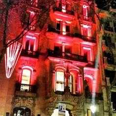 Hoy El Palauet se viste de rojo para el Día Mundial de la lucha contra la SIDA #diamundialsida #lucha #elpalauetlivingbarcelona