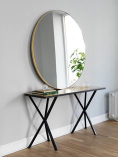 NoEarlyBirds - Per Söderberg                  - NEB Round mirror with brass edge