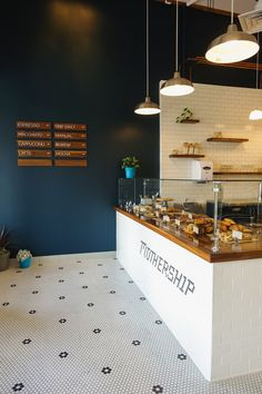 "Mothership Coffee Roasters is a local micro-roastery located in the ""real life"" part of Vegas, known as Henderson, NV. Bakery Interior, Cafe Interior Design, Cafe Design, Retail Interior, Interior Ideas, Modern Interior, Bar Deco, Deco Cafe, Deco Restaurant"
