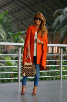 CON DOS TACONES: ORANGE IS THE NEW BLACK