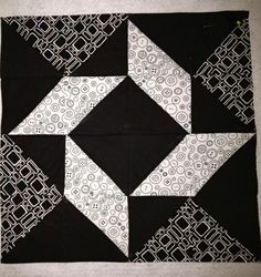 Balkan Puzzle quilt block - I love the look of this block.