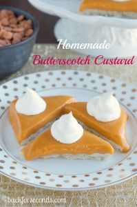 This Homemade Butterscotch Custard is smooth and creamy and incredibly delicious! If you like butterscotch pudding you will love this easy homemade custard! Great Desserts, Delicious Desserts, Dessert Recipes, Yummy Food, How To Make Butterscotch, Butterscotch Pudding, Flan, Yummy Treats, Sweet Treats
