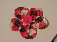 Duct Tape Bows by SweePeaHairBows on Etsy Duct Tape Bows, Etsy, Decor, Decoration, Decorating, Dekorasyon, Dekoration, Home Accents, Deco