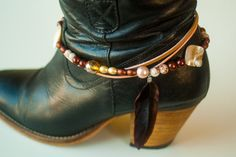 Hey, I found this really awesome Etsy listing at https://www.etsy.com/listing/209573029/3-double-boot-bracelet-with-different