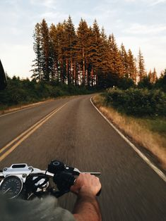 juliterr:  Nothing compares to these summer night rides to the mountains (yes we're actually riding his speedometer sensor is busted haha)