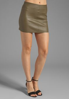 ALICE + OLIVIA Aly Leather Mini Skirt in Deep Ivy