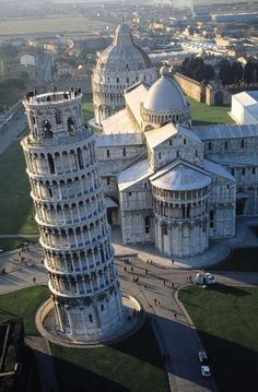 : Leaning Tower of Pisa ...