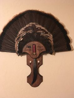 Bow hunting wild turkey can be a difficult thing. But with proper training and patience it can become a rewarding outdoor lifestyle hobbies hunting experience Whitetail Deer Hunting, Quail Hunting, Turkey Hunting, Bow Hunting, Archery Hunting, Taxidermy Decor, Taxidermy Display, Bird Taxidermy, Turkey Fan