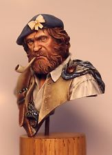 Highland Clansman bust painted by Olga Zernina from St.Petersburg